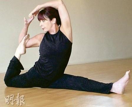 【運動消閒】大笑瑜伽:一想發脾氣 吸口氣「笑咗先」