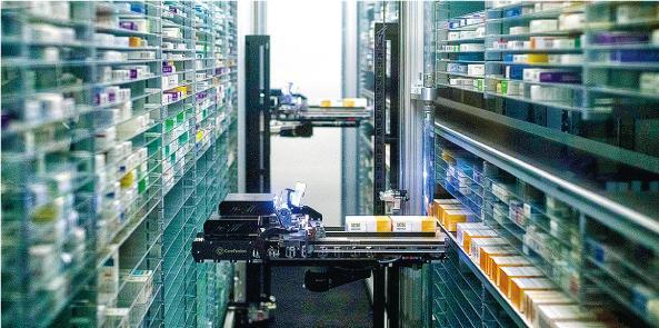 深圳經驗:港大深圳醫院 機械臂執藥 二維碼付款 10分鐘取藥