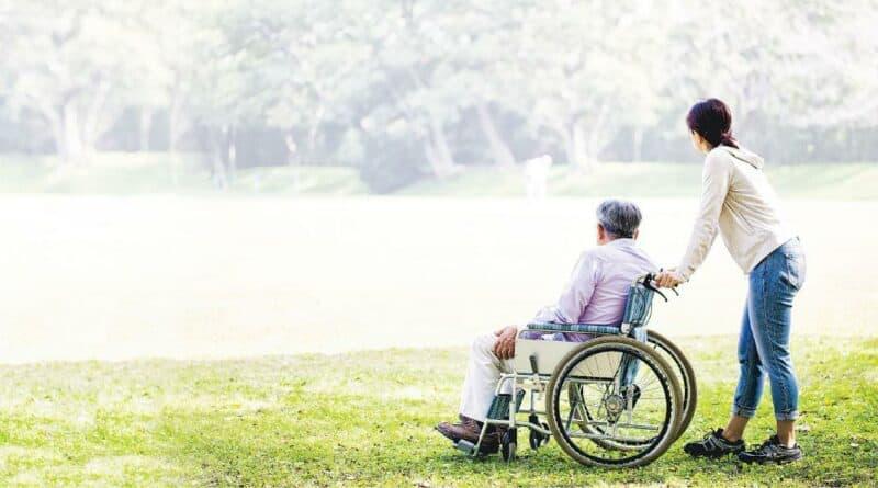 殘疾照顧者:慘過做工人 24小時無休 壓力爆煲