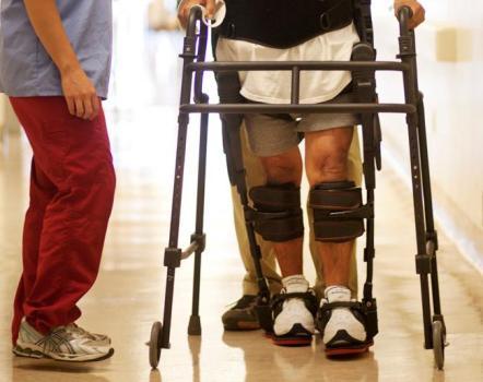 中風, 養和特稿, 中風及康復, 義肢矯形師, 腳下垂, 矯形肢具, 腳托, 肌肉縮短,