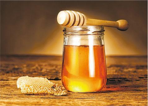 潤腸,便秘,蜂蜜,麻油,施德享,肛裂,痔瘡,陽虛,陰虛,