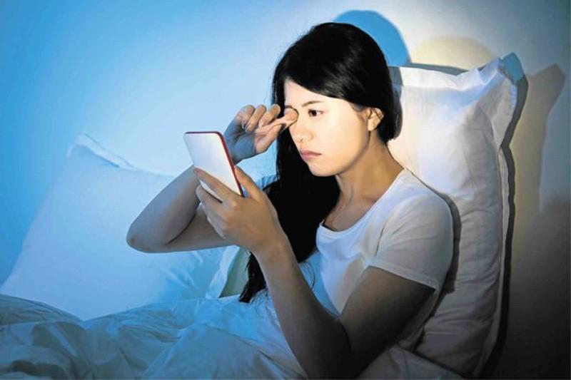 護眼,任卓昇,梁子榮,抗藍光貼,抗藍光鏡片,手機,