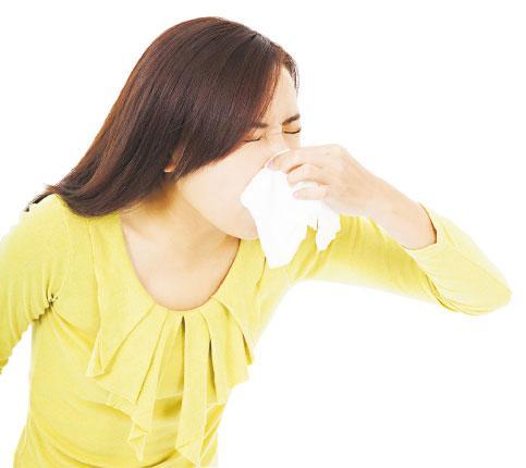 生蒜 中醫治療 燥熱 鼻敏感 流鼻水 鼻塞 肺脾腎虛損 嚴耀堅