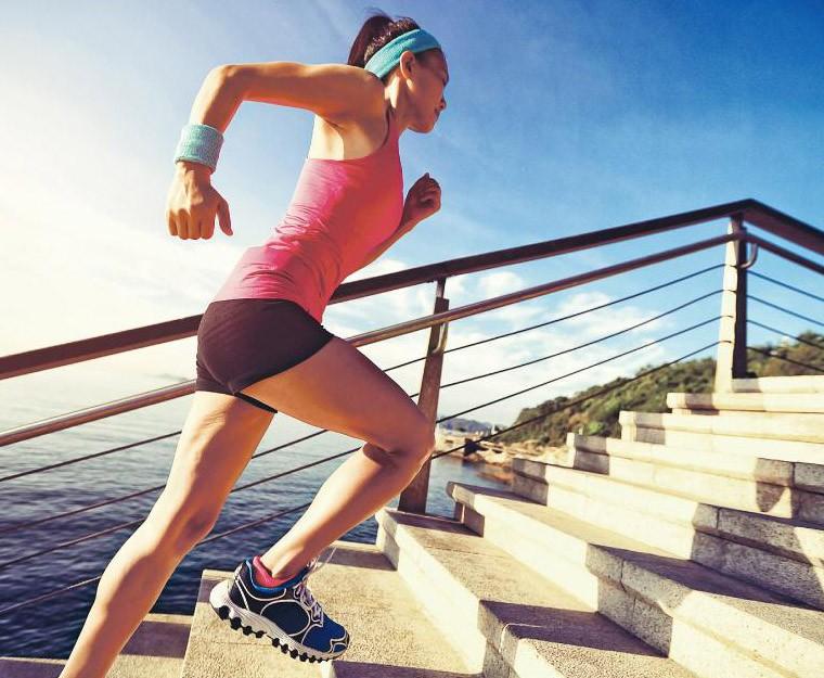 慢性頸肩背痛症 坐姿 核心肌 人體工學椅 健身球 亞洲運動及體適能專業學院 周錦浩 物理治療 運動消閒