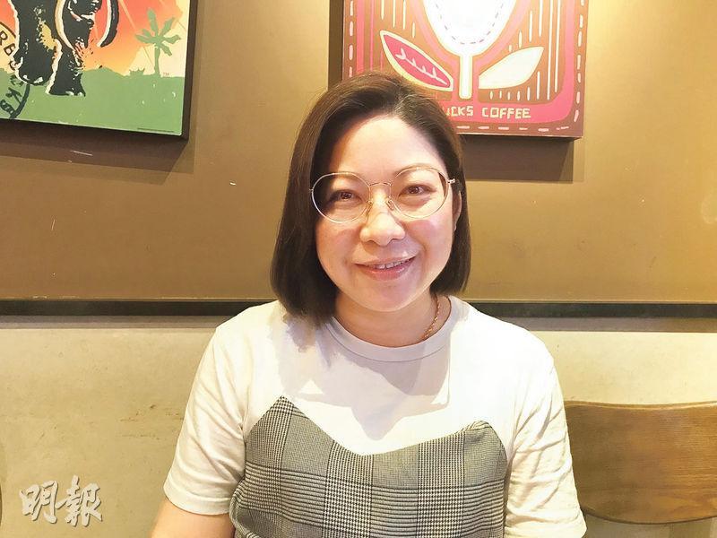 鄧永琴,認可性治療師,註冊護士兼助產士