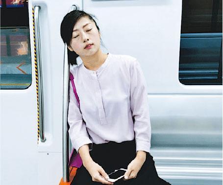 增廣健聞 - 白天常打瞌睡 腦退化響警號?