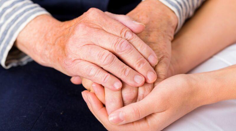 【認知障礙症】當照顧者壓力、負面情緒大 漫長過程愛自己多一些為身心靈減壓