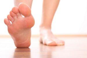 養和特稿, 容光煥發新一年, 灰甲, 足部衛生, 剪腳甲, 真菌, 足病診療師, 護理腳甲,
