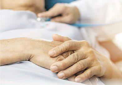 預設醫療指示 未立法欠宣傳 簽立意願拒吊命 醫護不循?