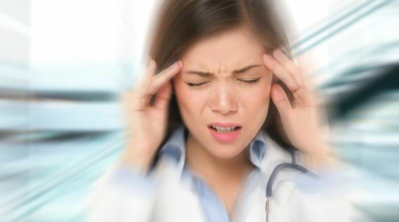 【耳鼻喉問題】 偏頭痛成因不明?寫「頭痛日記」揪出誘因 留意5大徵狀 勿混淆嚴重腦病