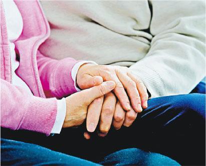 晚期病患活得有尊嚴 全賴多功能丈夫