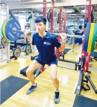 姿治通鑑:中年起鍛煉防痛症 長者也可舉重