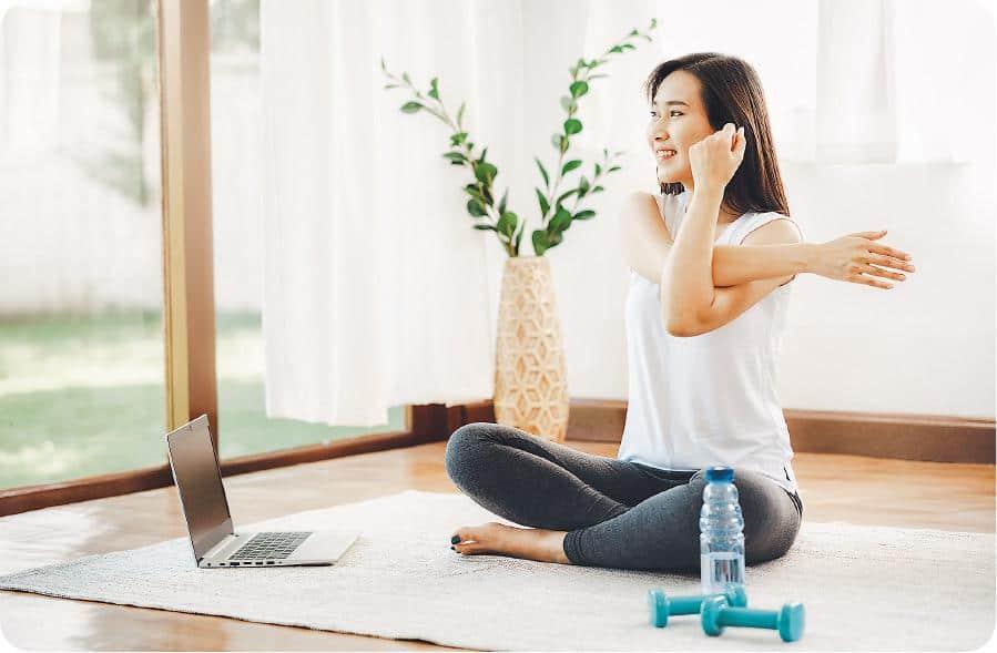 在家運動莫忘「伸一伸」 肌肉繃緊增受傷風險