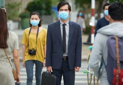 【新冠肺炎】港人出現抗疫疲勞?穿雨衣戴手套有效防疫?時刻警剔做好個人衛生 勿忽略生活細節