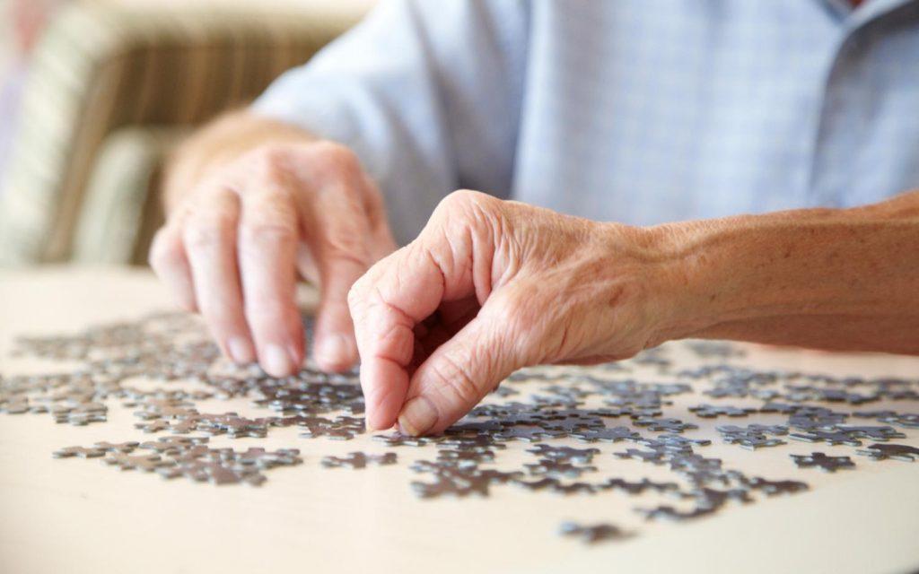醫路同行:抑鬱、行為異常 或早發認知障礙