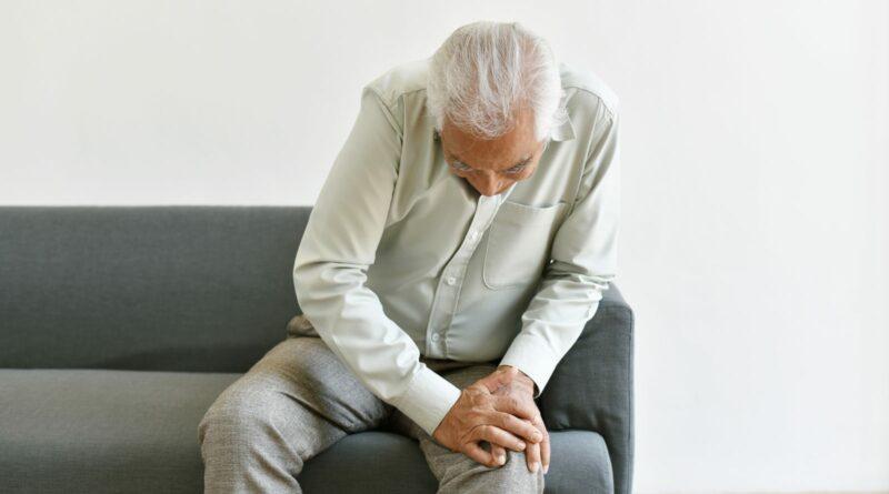【痛症】50歲後易發病?持續周身痛、手腳乏力 了解風濕性多肌痛症病徵與治療