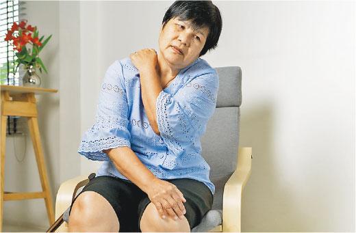 醫徹中西:肌腱撕裂 肩痛手難舉