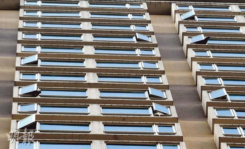 【新冠肺炎】專家:帶新冠病毒飛沫空氣中可浮沉幾小時 促檢疫酒店房住客勿開窗、開門戴口罩