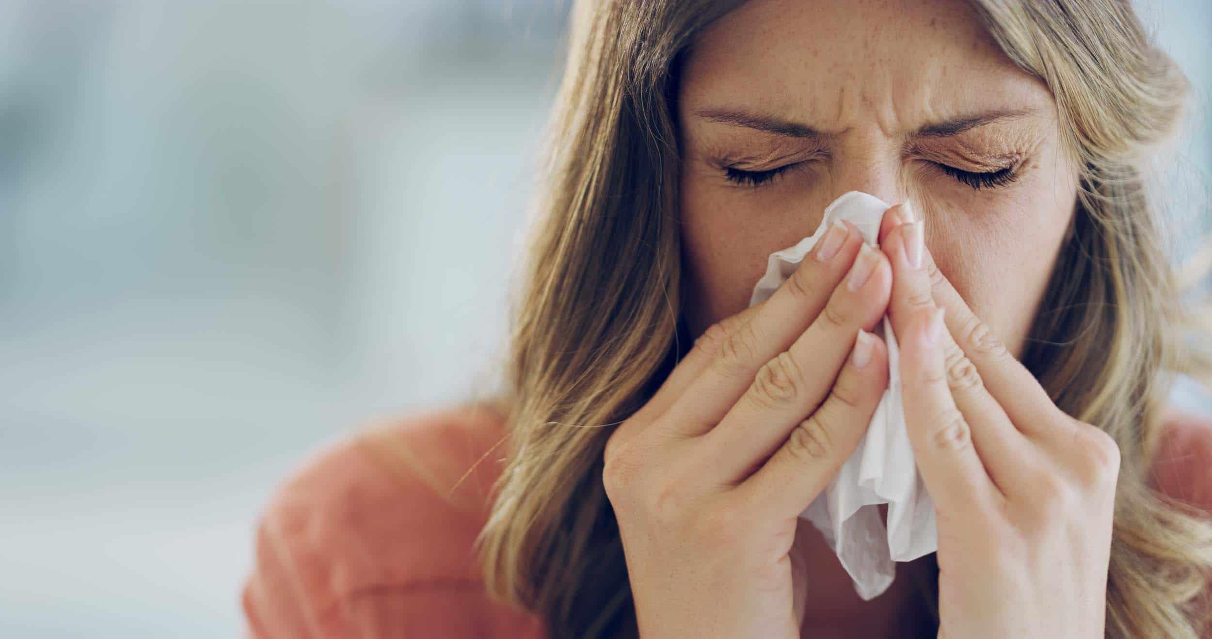 咳嗽打噴嚏 用衫袖遮掩口鼻好過用手(衛生處方)
