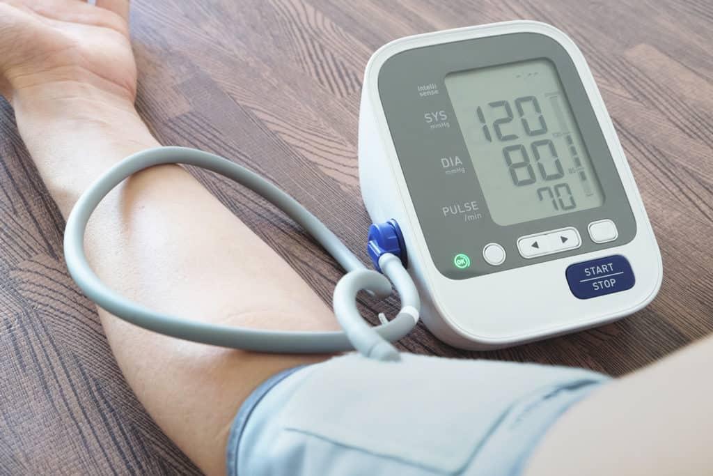 自己量血壓注意5大事項 測量時間、姿勢、次數有學問 準確量度助有效監察