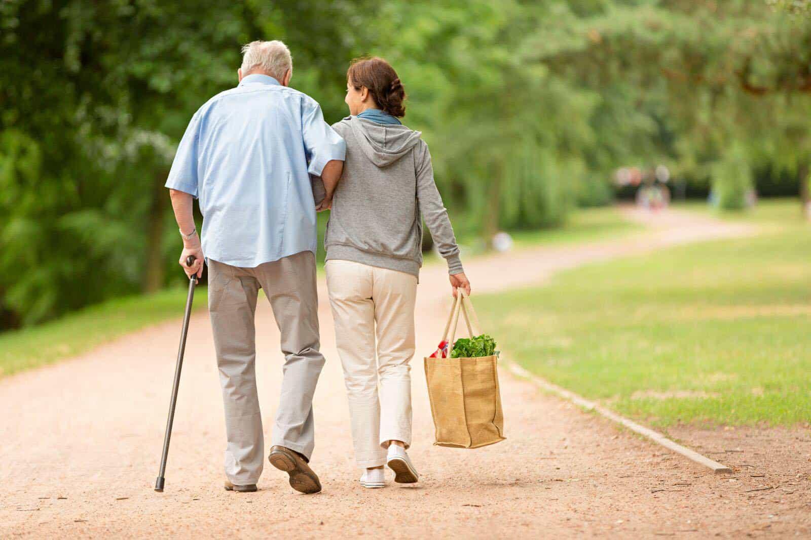 對癌症患者來說,運動不只加快病人的體力恢復,也讓他們專注於體能訓練,有助減少面對癌症的負面情緒,積極對抗癌症。(網上圖片)