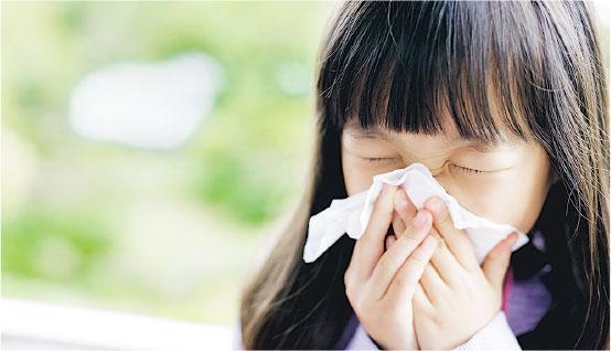 流感重臨信號——近期有學校爆發上呼吸道感染,專家認為是今年冬季流感重臨的信號。(設計圖片,RyanKing999@iStockphoto)